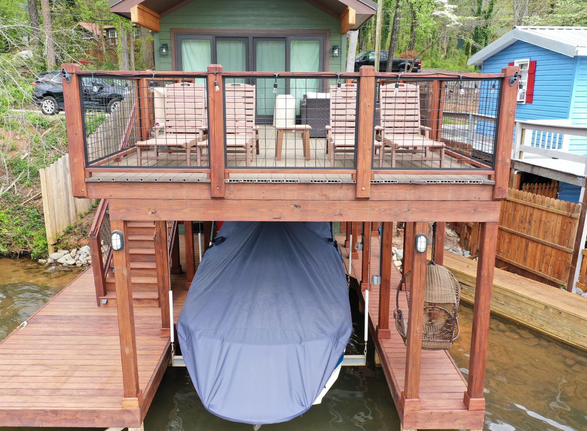 DuxxBak Composit Decking provides the ultimate composite decking in defying the elements. This image of an I.Dekk HD deck cover for boat and side dock access.